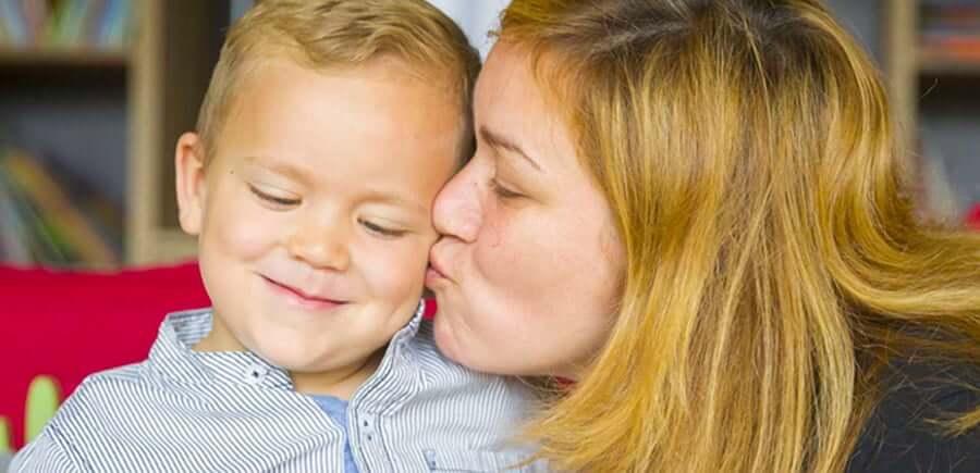 Doni a una mamma o a un papà la possibilità di stare vicino                                                             al                                                             proprio bimbo e alle cure di cui ha bisogno per un giorno